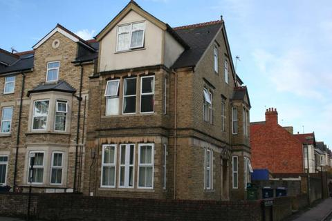 10 bedroom semi-detached house to rent - Cowley Road, East Oxford