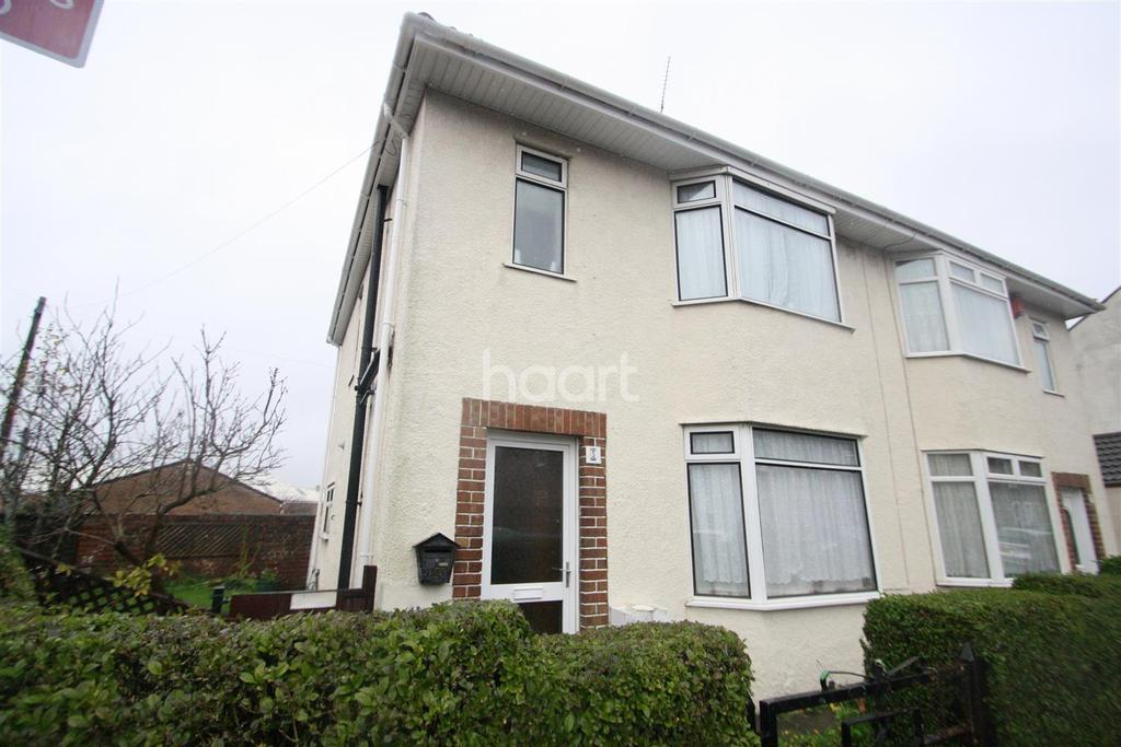 4 Bedrooms House for rent in Lower Station Road, Fishponds