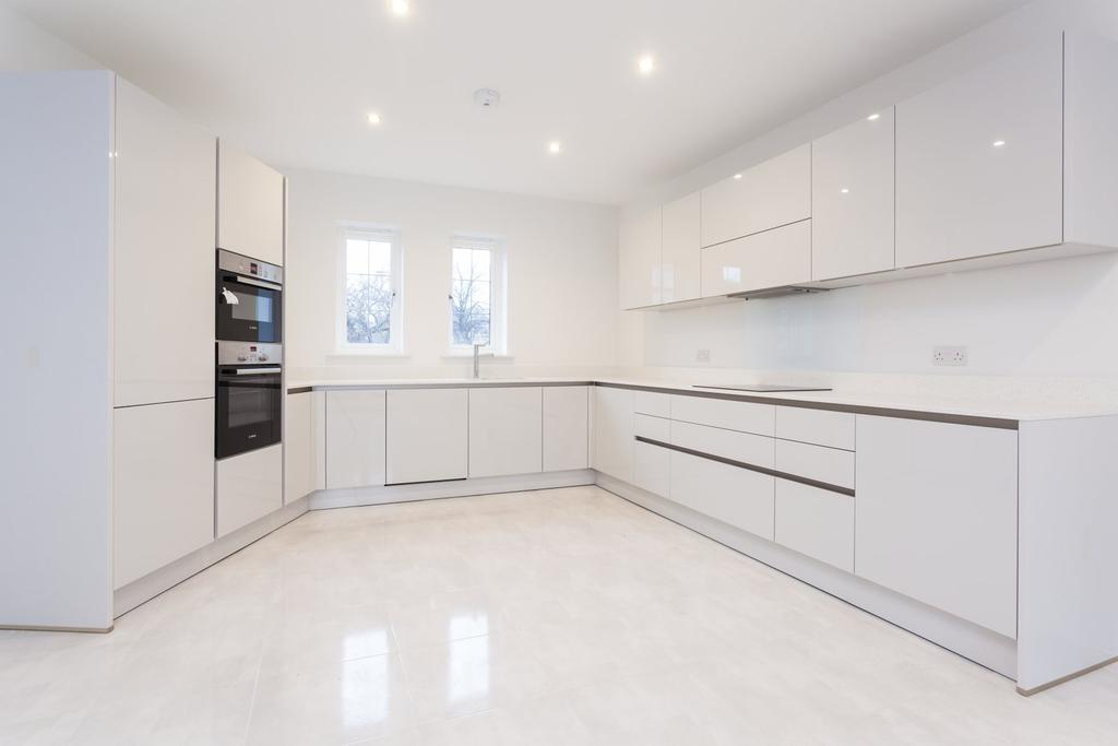4 Bedrooms Terraced House for sale in Machin Place, Altrincham