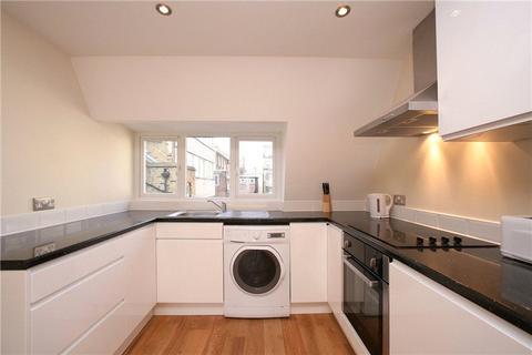 2 bedroom maisonette to rent - Berwick Street, London, W1F