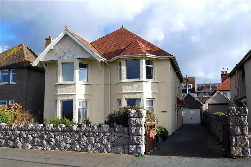 2 Bedrooms Apartment Flat for sale in West Parade, West Shore, Llandudno, Conwy