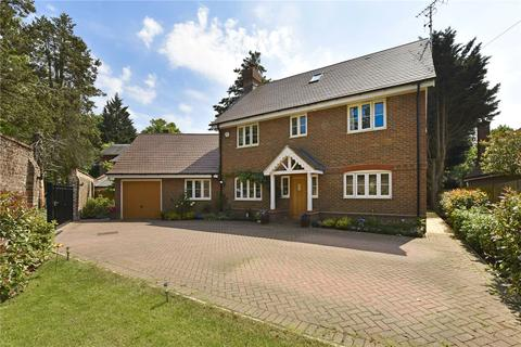 5 bedroom detached house to rent - Hedgerley Lane, Gerrards Cross, Buckinghamshire, SL9