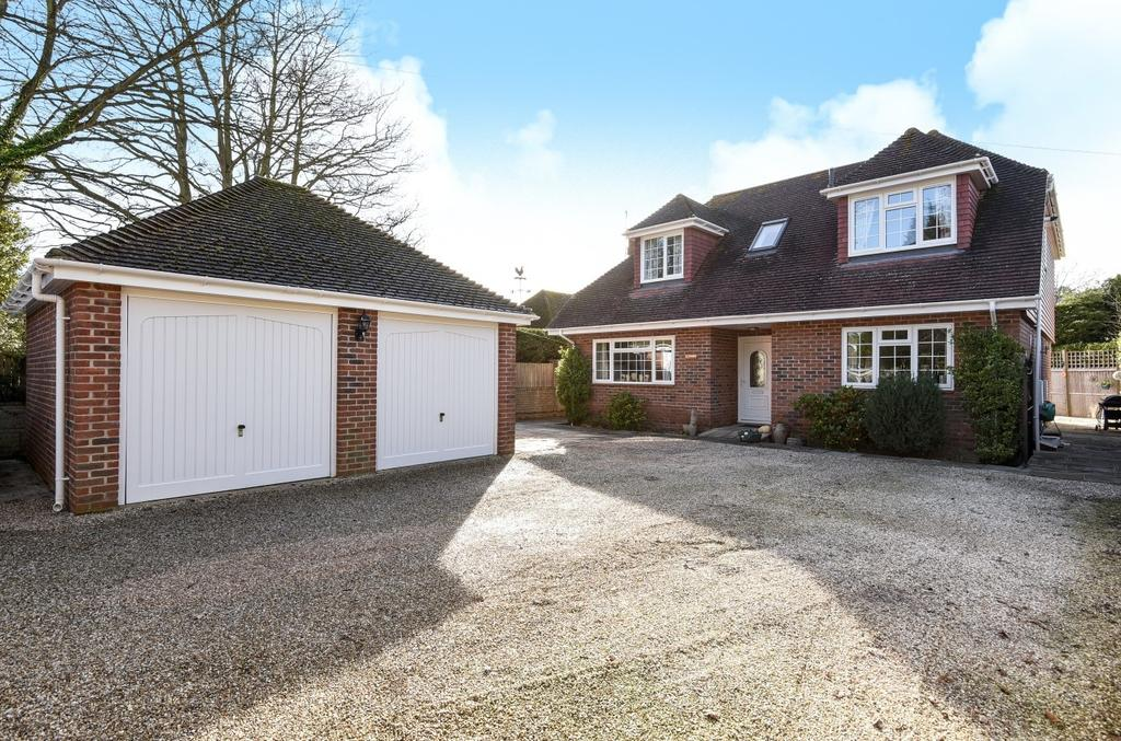 4 Bedrooms Detached House for sale in Itchenor Road, Itchenor, PO20