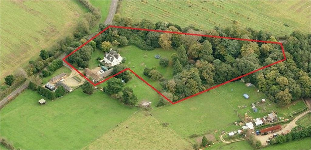 7 Bedrooms Country House Character Property for sale in Calshot, Hampshire