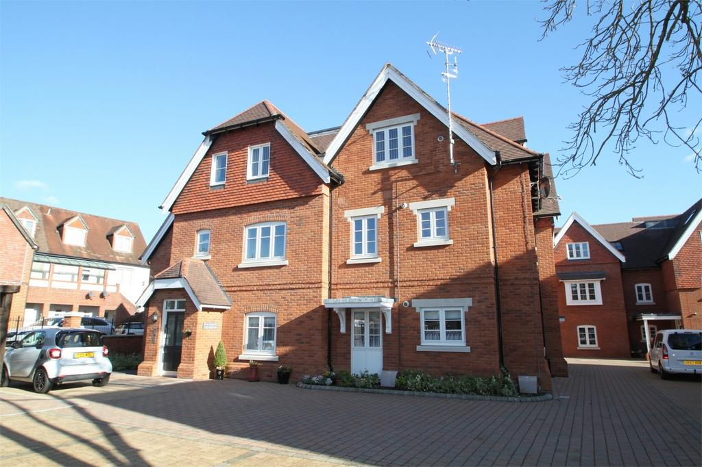 2 Bedrooms Retirement Property for sale in LYNDHURST, Hampshire