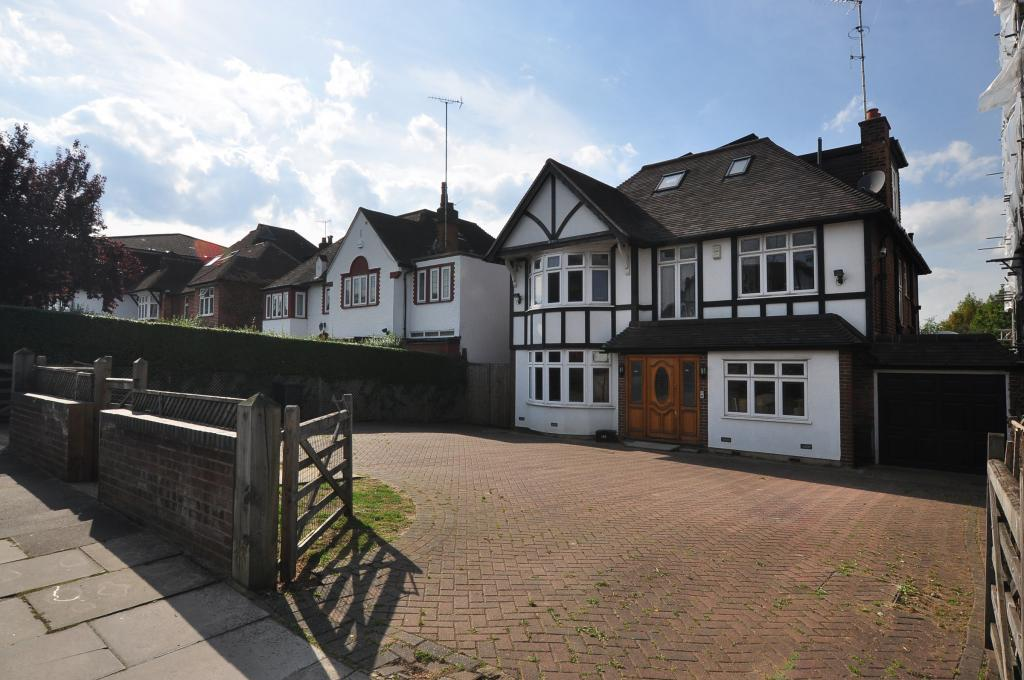 5 Bedrooms Detached House for sale in Nether Street, North Finchley, N12