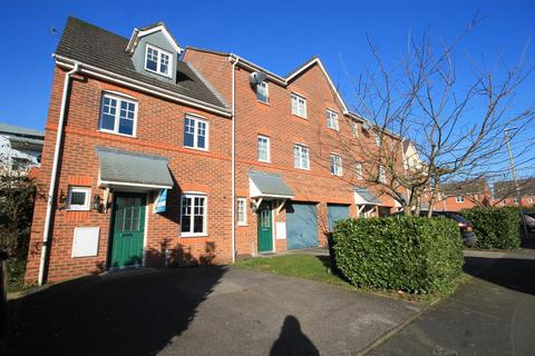 3 bedroom townhouse to rent - Bateman Close, The Sidings