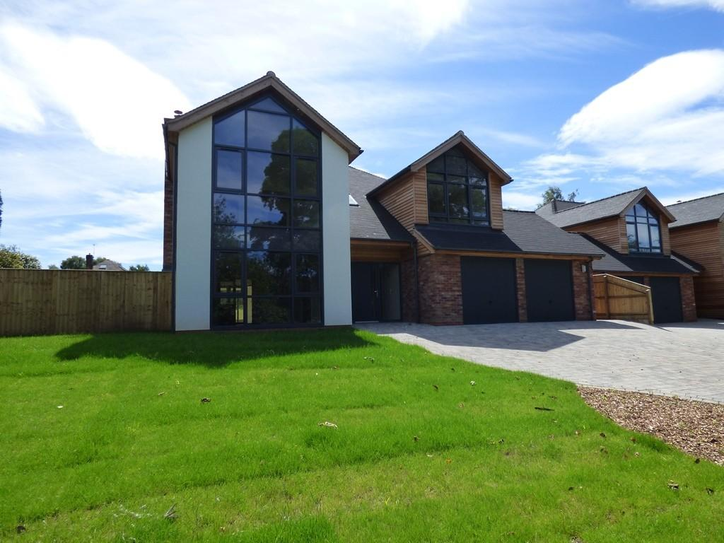 5 Bedrooms Detached House for sale in Pool Lane, Brocton, Staffod