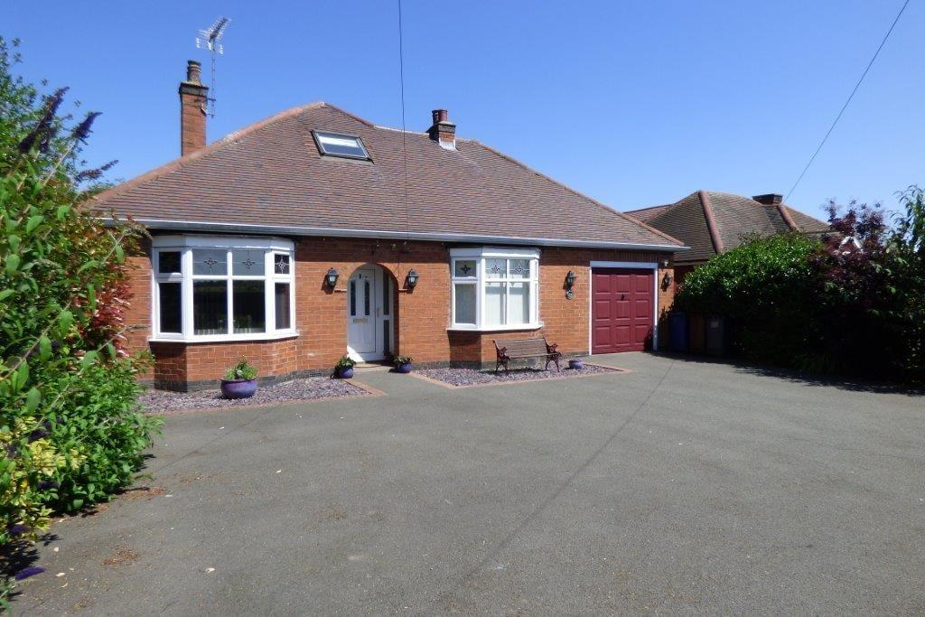 4 Bedrooms Detached House for sale in Craythorne Road, Stretton