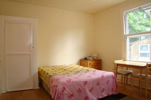 Studio to rent - Oxford Road South, Chiswick, London W4 3DH - Room 5