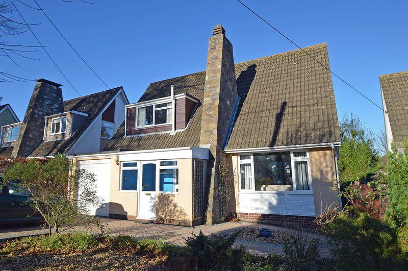 3 Bedrooms Detached House for sale in Sought after location in Upper Clevedon