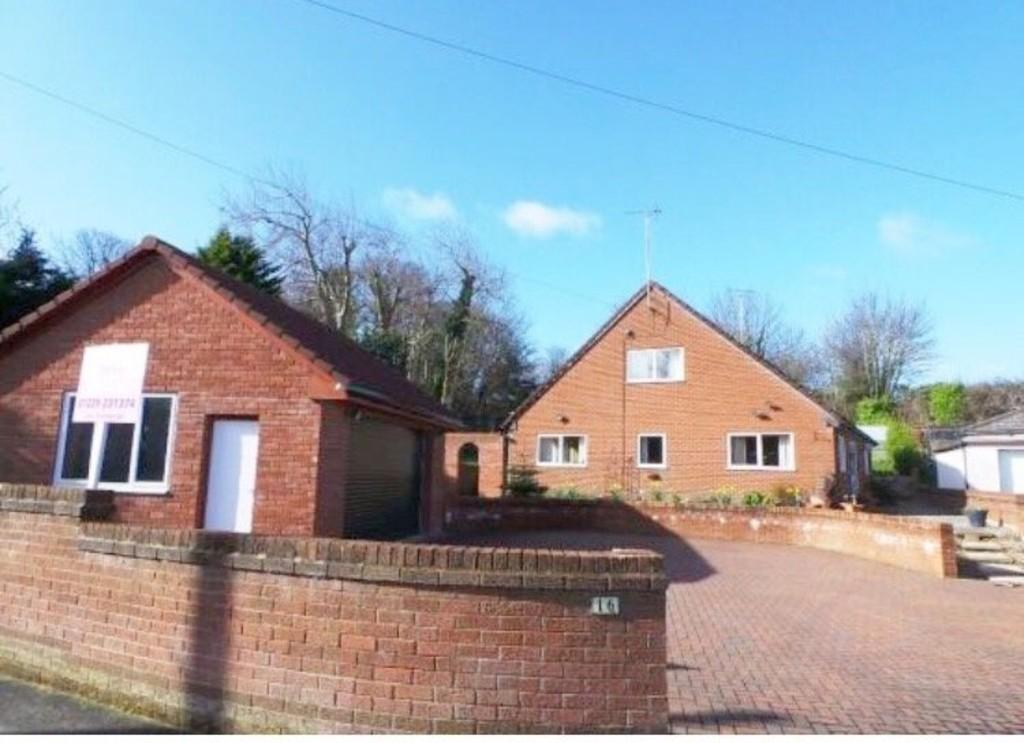 4 Bedrooms Detached Bungalow for sale in 16 West Row,Barrow In Furness