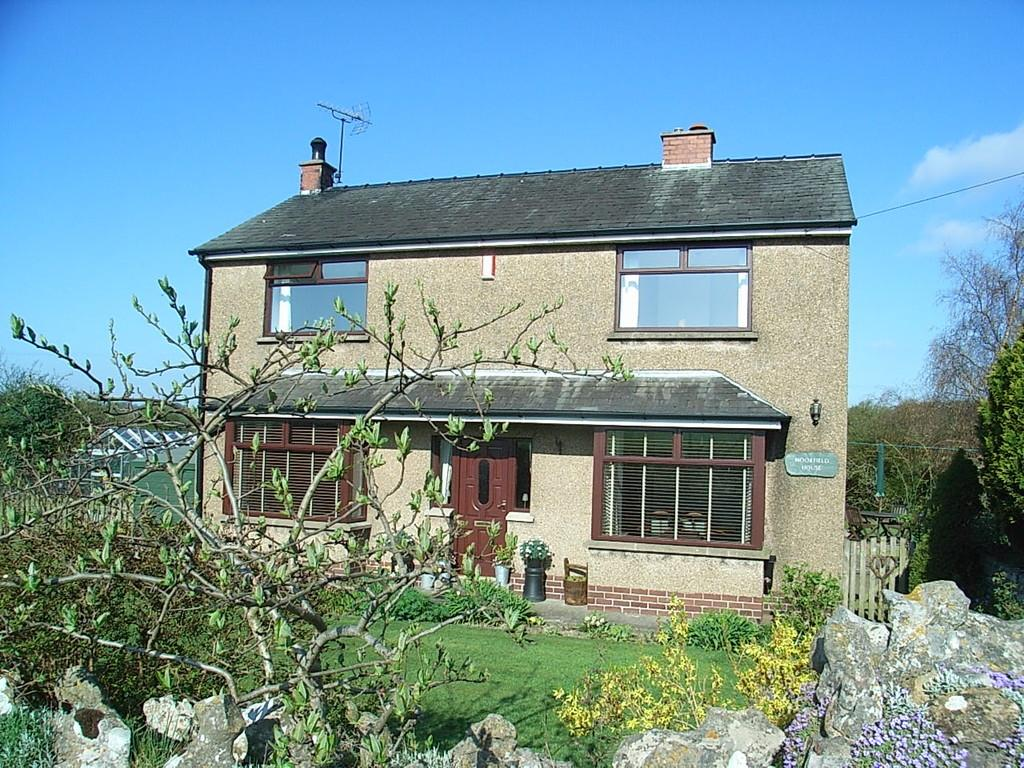 3 Bedrooms Detached House for sale in Moorfield House, Little Urswick