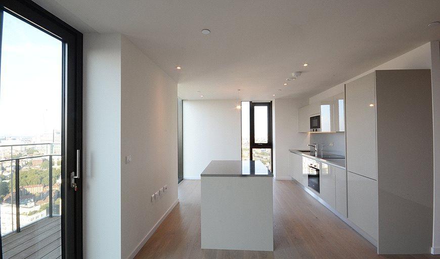 3 Bedrooms Flat for sale in St. Gabriel Walk, London, SE1