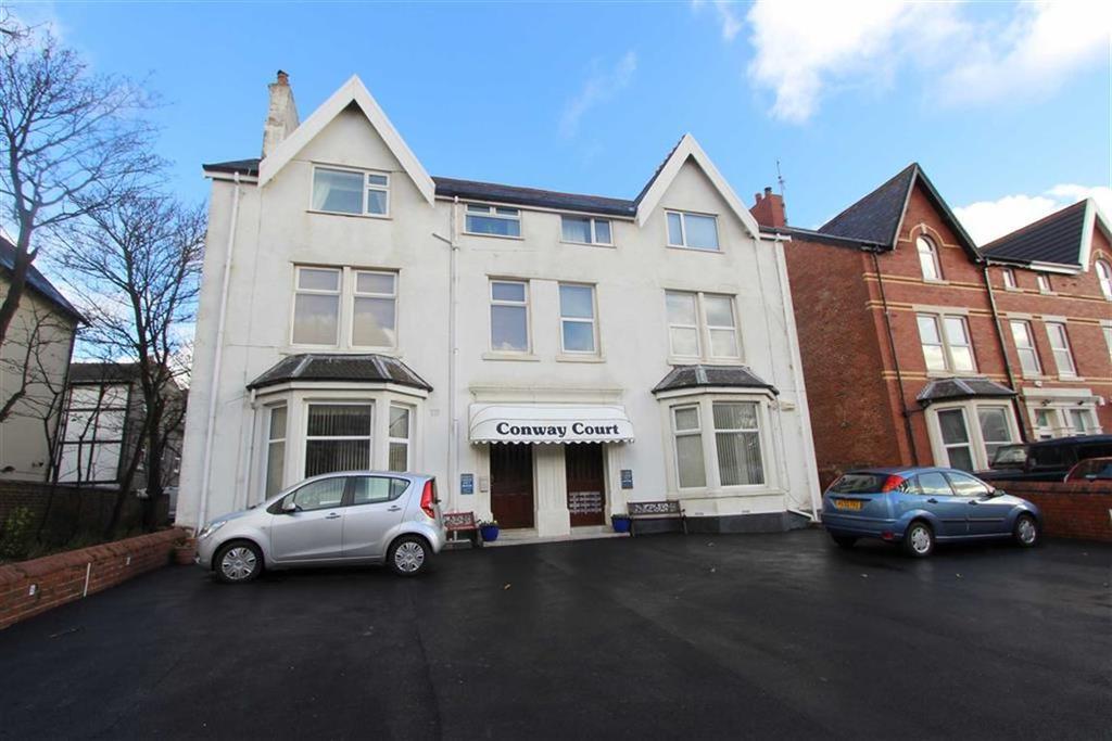 Studio Flat for sale in Park Road, Lytham St Annes, Lancashire
