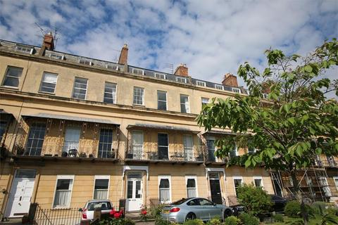 2 bedroom flat to rent - Suffolk Square, Cheltenham