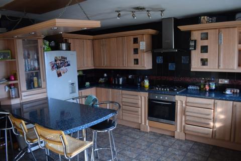 8 bedroom house to rent - 373 Burley Road Burley  Leeds