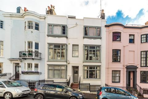 2 bedroom apartment to rent - Norfolk Road, Brighton, BN1