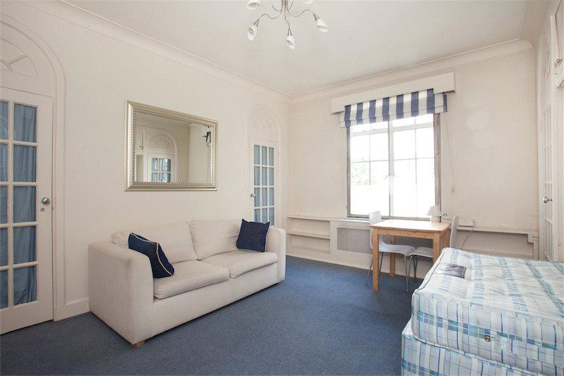Studio Flat for sale in Hallam Street, Marylebone, London, W1W
