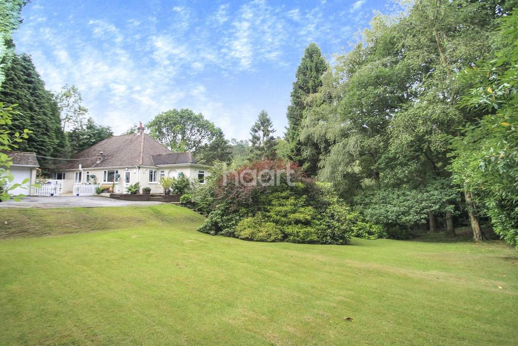 4 Bedrooms Detached House for sale in Whitmore Vale, Hindhead