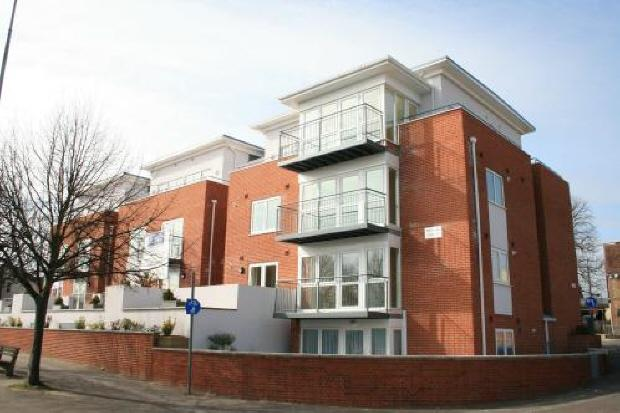 2 Bedrooms Flat for rent in FAREHAM - FAREHAM QUAYS - FURN