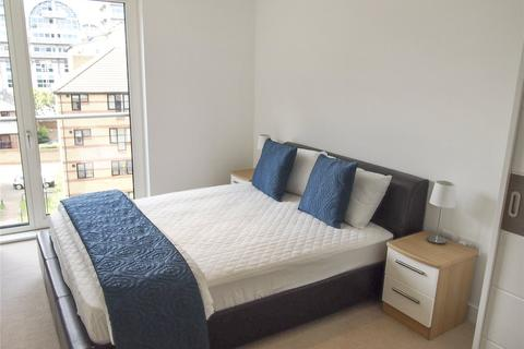 2 bedroom flat to rent - Cadmus Court, Seafarer Way, London, SE16