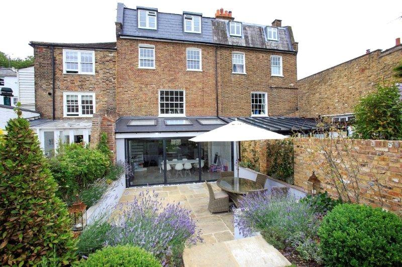 4 Bedrooms Terraced House for sale in Petersham Road, Richmond, Surrey, TW10