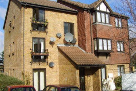 2 bedroom flat to rent - Gables Close, Lee, London