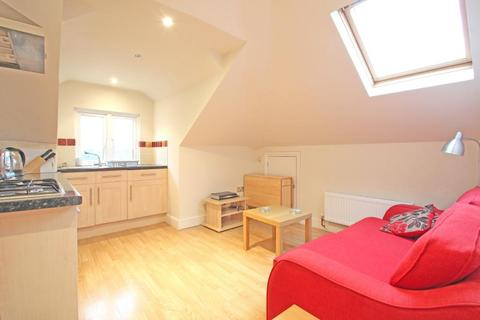 1 bedroom apartment to rent - Upper Richmond Road West, East Sheen, SW14