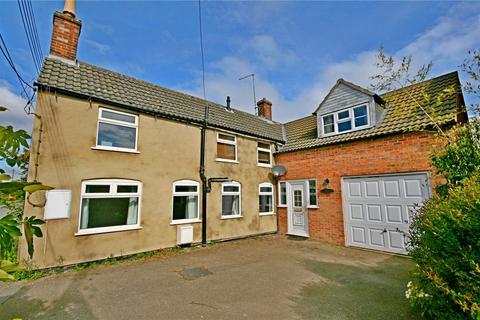 3 bedroom detached house for sale - Station Road, Morton, Bourne, PE10
