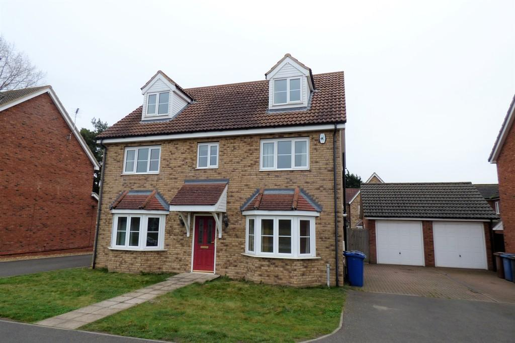 5 Bedrooms Detached House for rent in Scotts Pine Court, Red Lodge