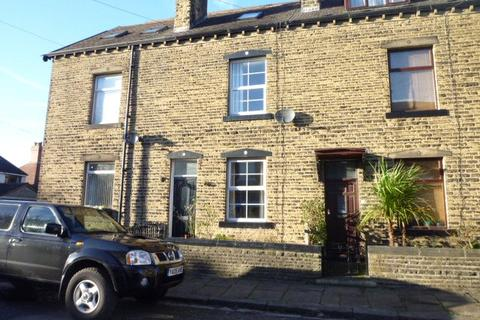 3 bedroom terraced house to rent - Mitchell Terrace, Bingley, West Yorkshire