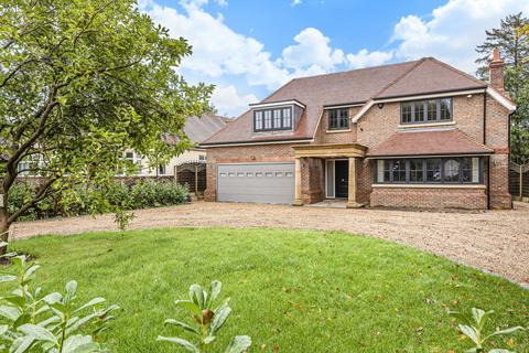 5 bedroom detached house for sale - Furze Hill, Kingswood