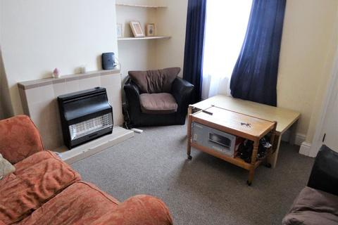 2 bedroom house to rent - Royal Park Road, Leeds