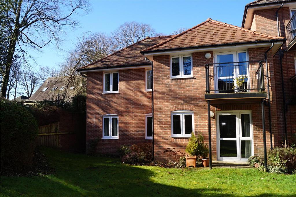 2 Bedrooms Retirement Property for sale in Culliford Court, Culliford Road North, Dorchester, Dorset, DT1