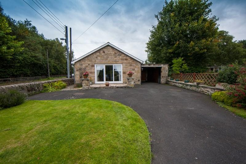 3 Bedrooms Detached Bungalow for sale in Acomb