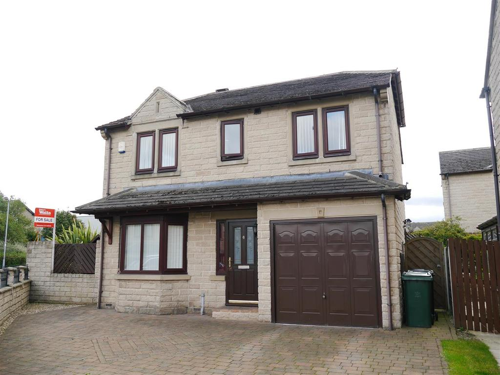 4 Bedrooms Detached House for sale in Winchester Gardens, Tyersal, BD4 8UJ