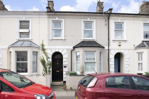 Property to rent - Leighton Road, Cheltenham GL52 6BD