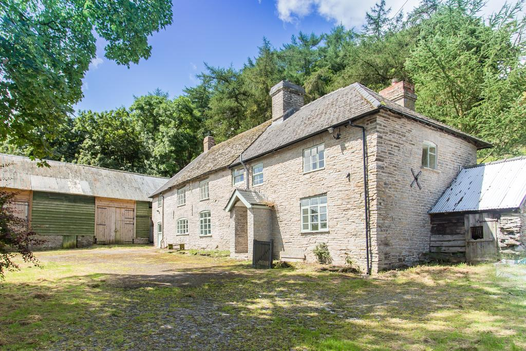 5 Bedrooms Unique Property for sale in New Radnor, POWYS LD8