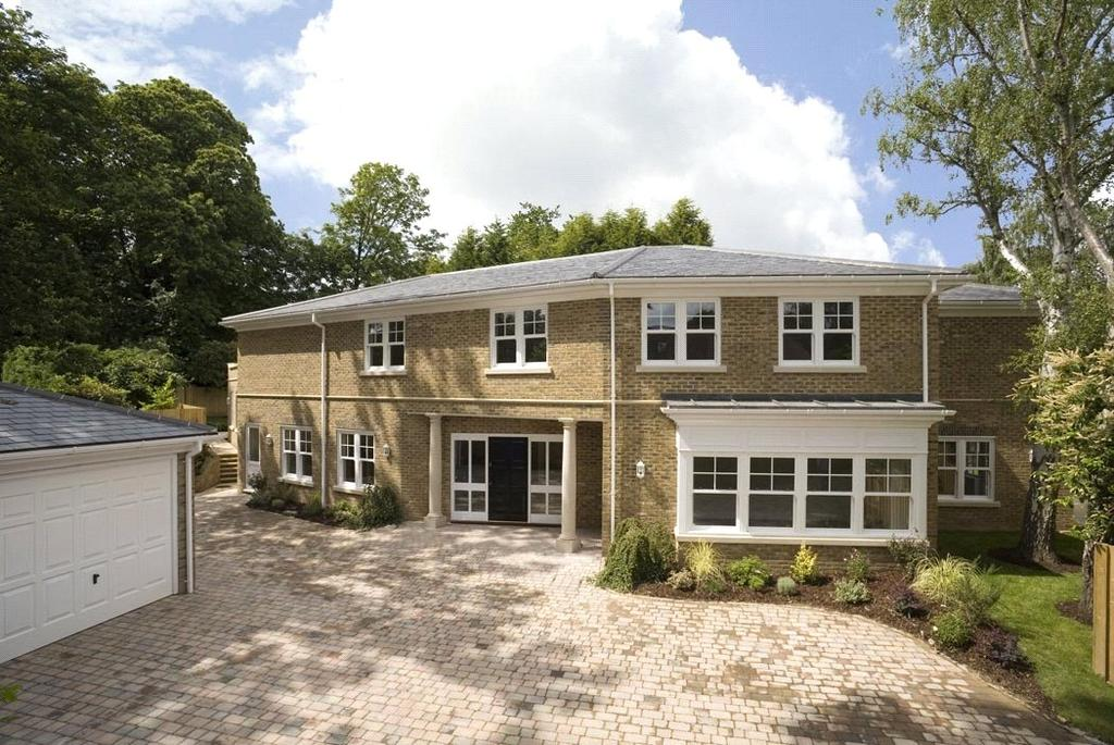 5 Bedrooms Detached House for sale in Ruxley Crescent, Claygate, Esher, Surrey, KT10