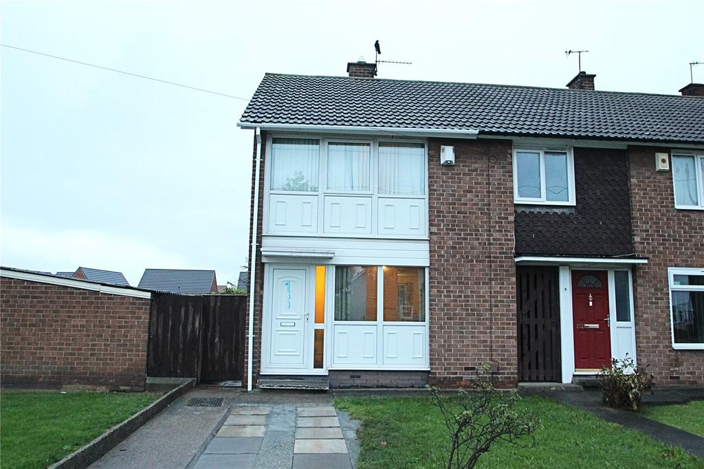 2 Bedrooms Semi Detached House for sale in Roseberry Road, Middlesbrough