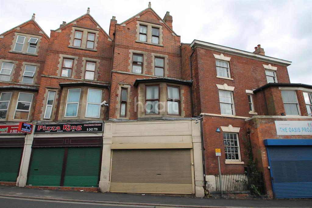 4 Bedrooms Terraced House for sale in Carlton Road, Nottingham