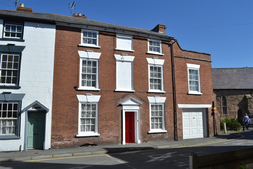 5 Bedrooms Town House for sale in Church Street, Leominster
