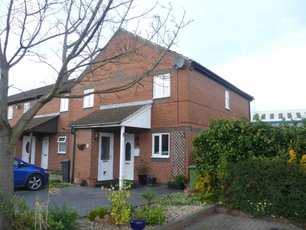 2 Bedrooms Flat for sale in Hazelmoor, Hebburn Village