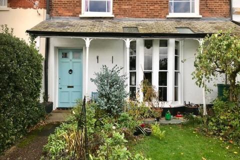 3 bedroom flat - Polsloe Road Exeter EX1
