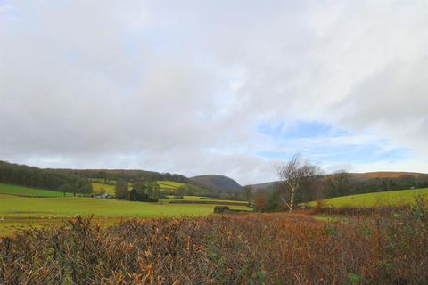 3 bedroom property with land for sale - Cwmdauddwr, Rhayader