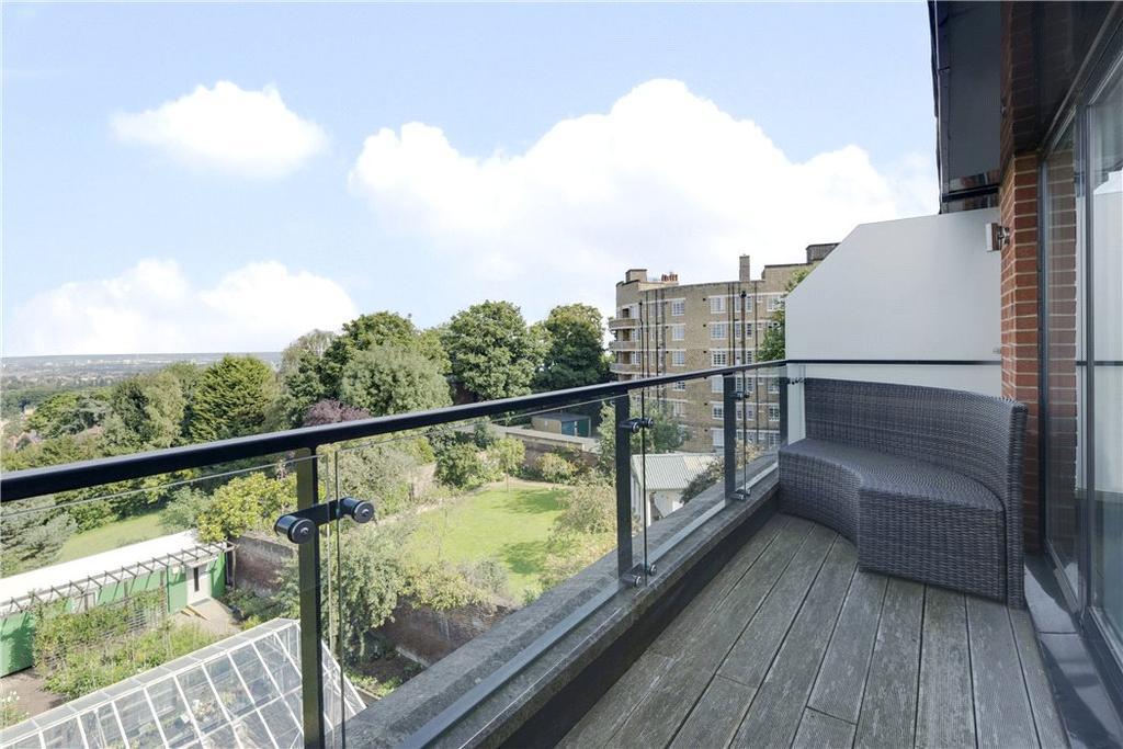 4 Bedrooms Terraced House for sale in Dukes Head Yard, Highgate, London, N6