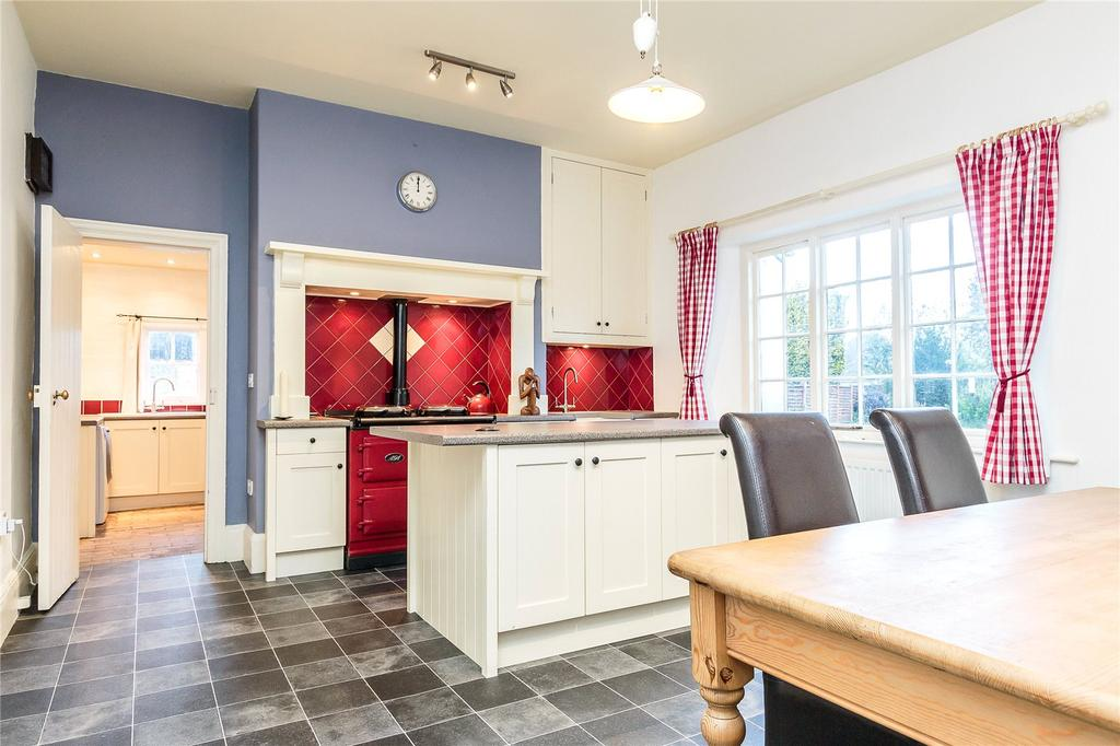 4 Bedrooms Semi Detached House for sale in Staplegrove, Taunton, Somerset