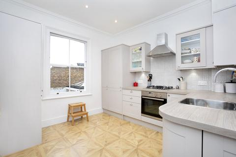 2 bedroom apartment to rent - Reynolds Road, Chiswick, London, W4