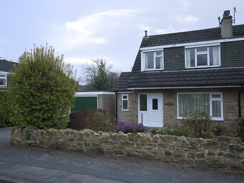 3 Bedrooms Semi Detached House for rent in 1 Wharfe Park, Addingham